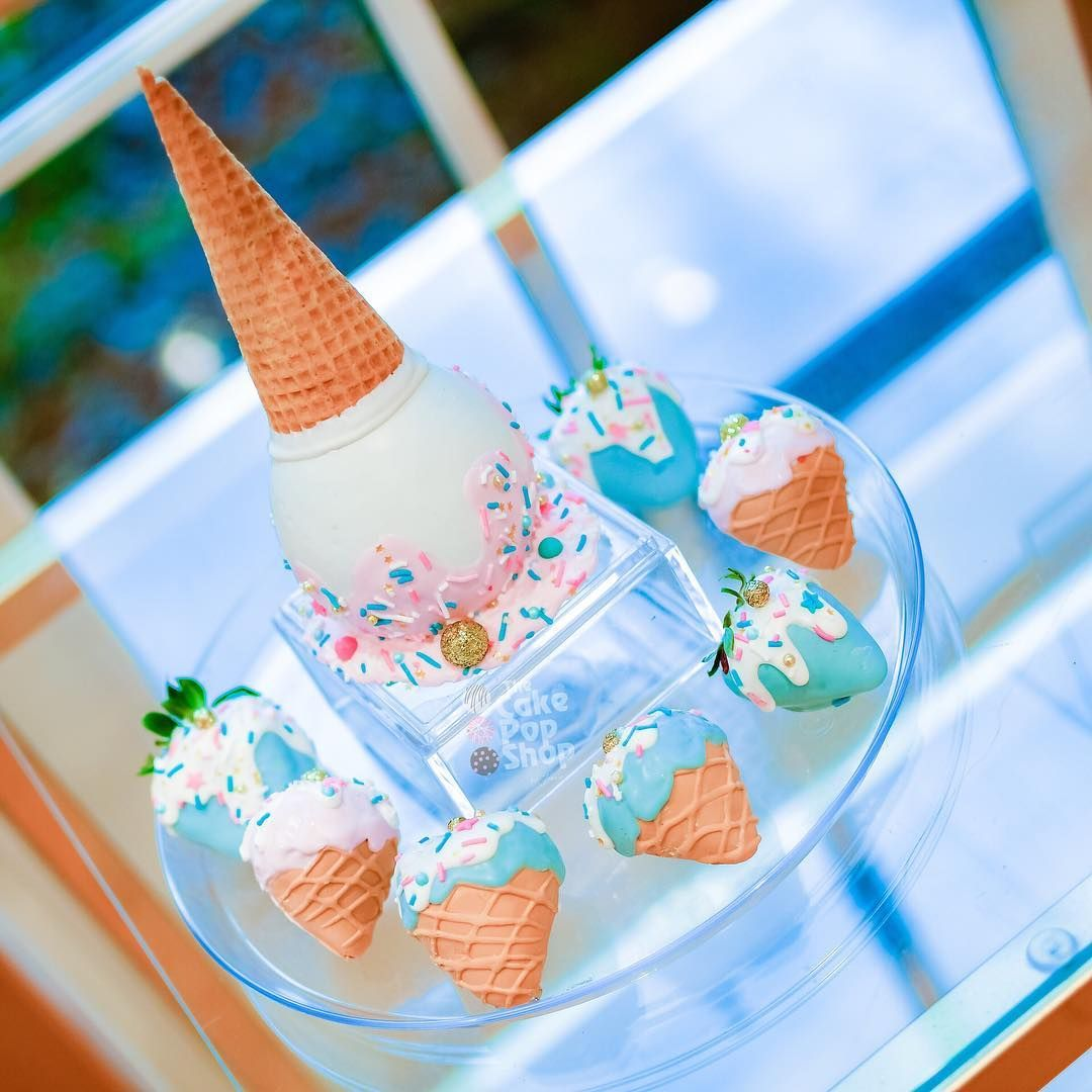 Strawberries Ice Creams And Apple Ice Cream We Did For What S The Scoop Gender Reve Gender Reveal Dessert Baby Gender Reveal Party Gender Reveal Decorations