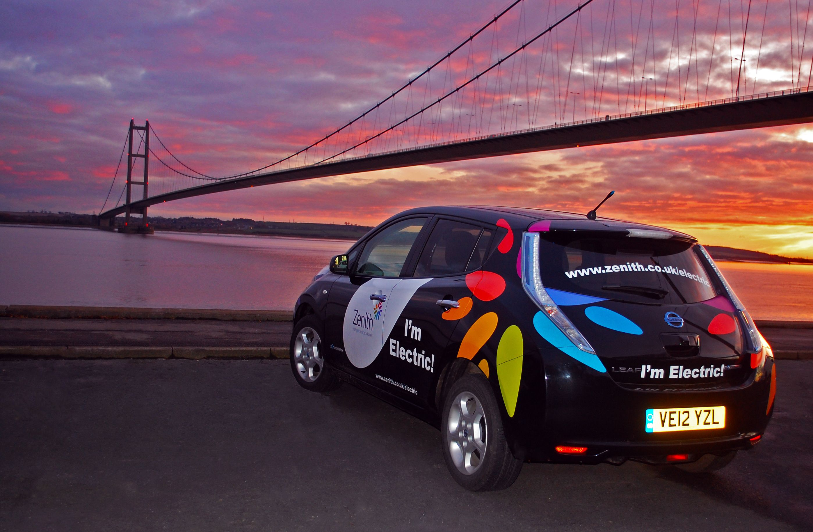 Zenith S Nissan Leaf At Humber Bridge Nissan Leaf Electric Cars