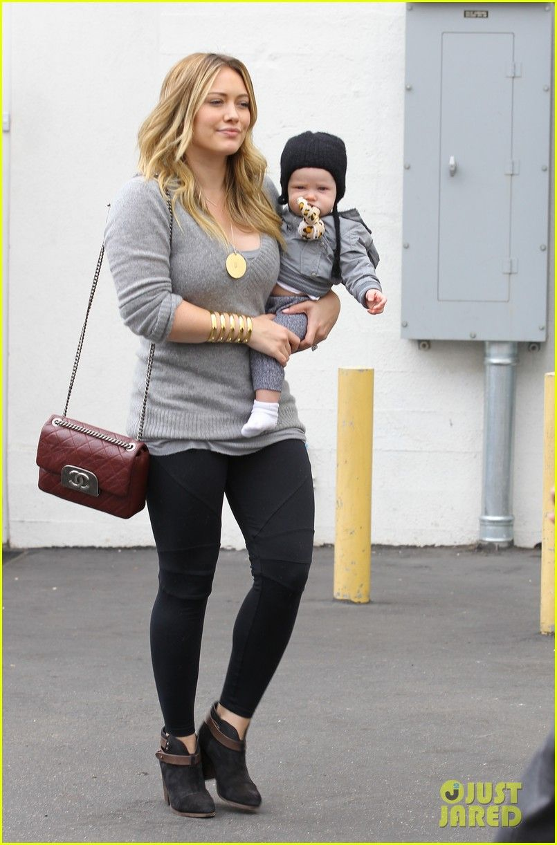 Hilary Duff Hy Seven Month Birthday Luca 04 Photo