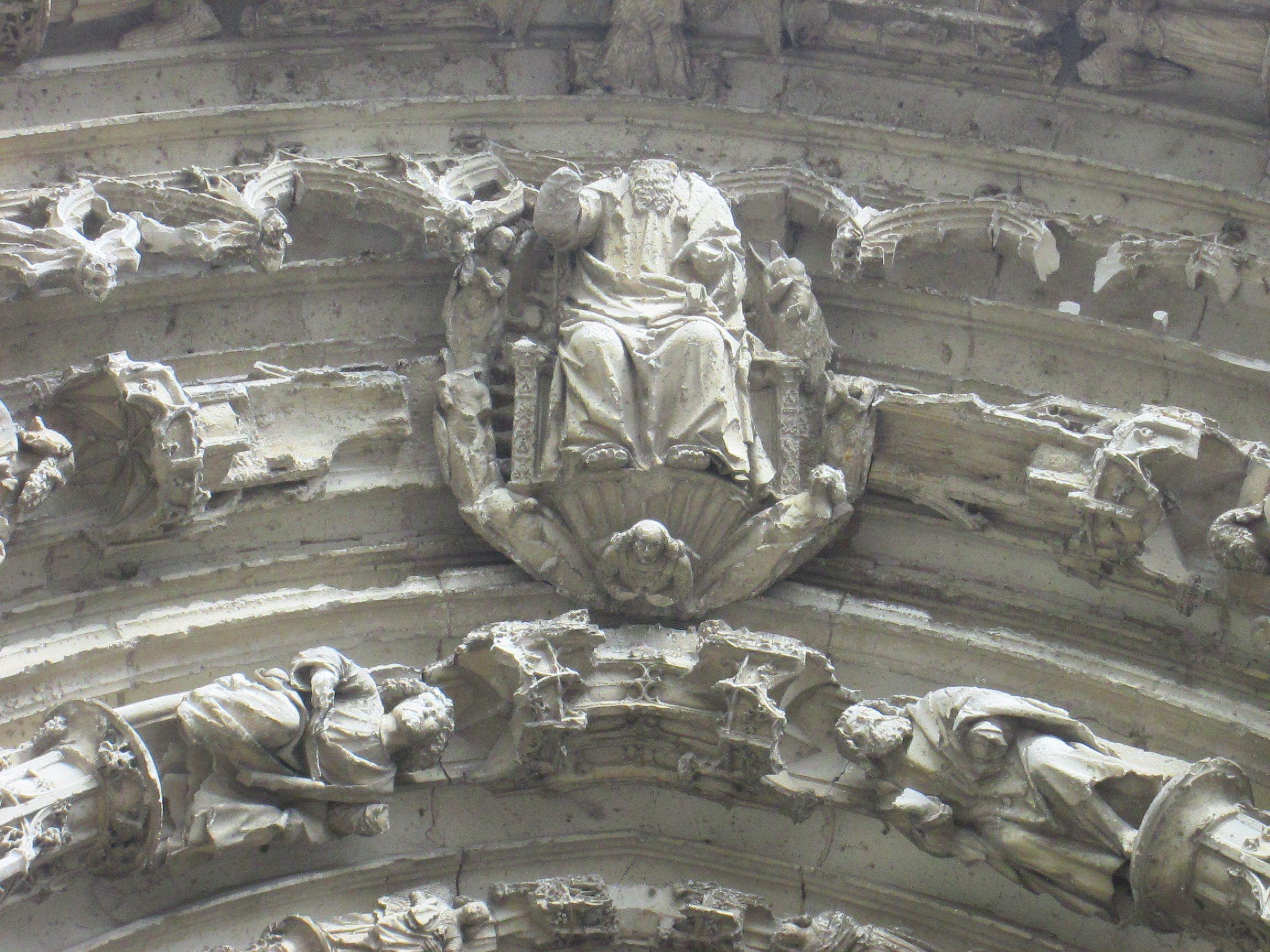 Facade de la chapelle du chateau de Thouars