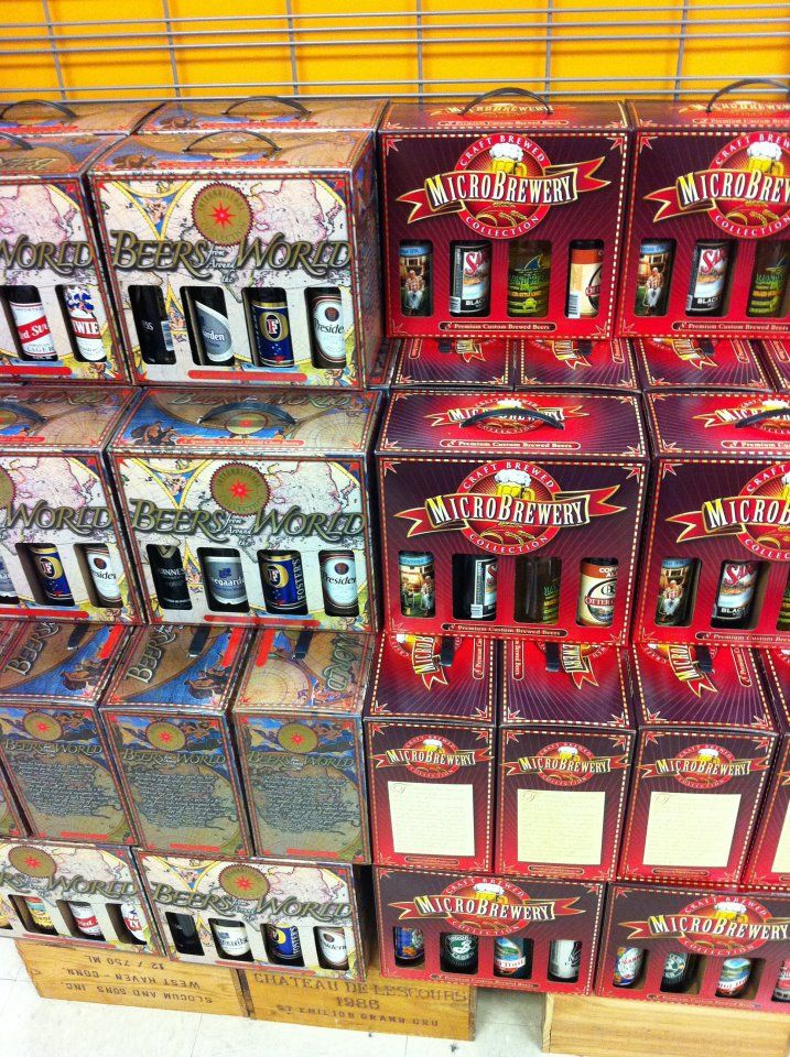 #Beer gift boxes 8 packs samplers Beers of the world and Micro Brewery 8 packs #beersoftheworld