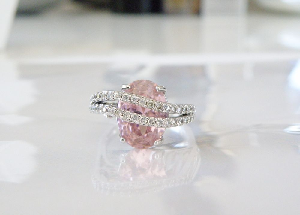 New HSN VICTORIA WIECK Sterling Silver MODERN Pink White CZ Bridge Ring Size 9 #VictoriaWieck #SolitairewithAccents