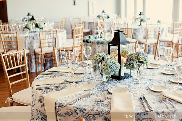 Table Settings   Consider Toile Table Runner Over Having The Entire Table  Cloth.