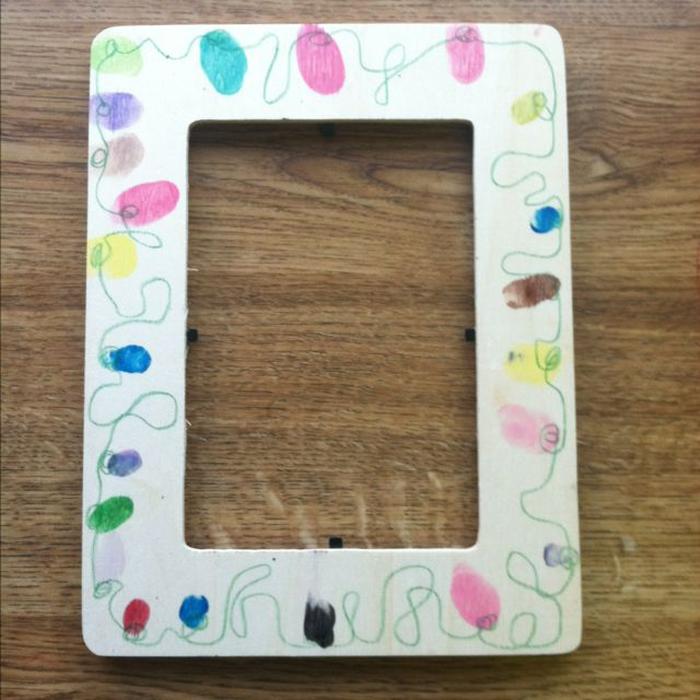 Christmas Lights Frame 1 Wood Frame From Craft Store Use Watercolors To Make Fingerprint Lights Christmas Crafts For Kids Christmas Crafts Kids Holiday Fun