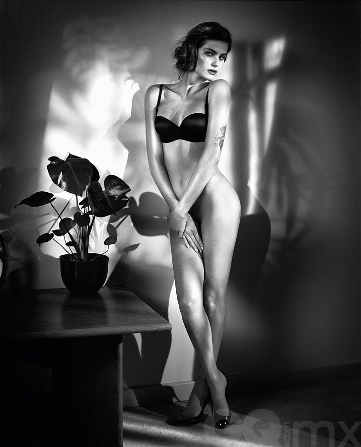 Isabeli Fontana | Galería de fotos 21 de 23 | GQ MX