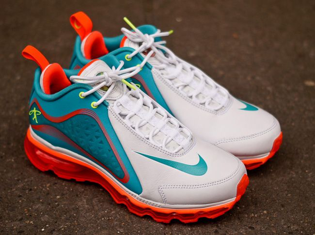 meet 34ce4 ad4b3 Nike Air Griffey Max 360 Miami Dolphins... even though I am not a fan of  the dolphins.