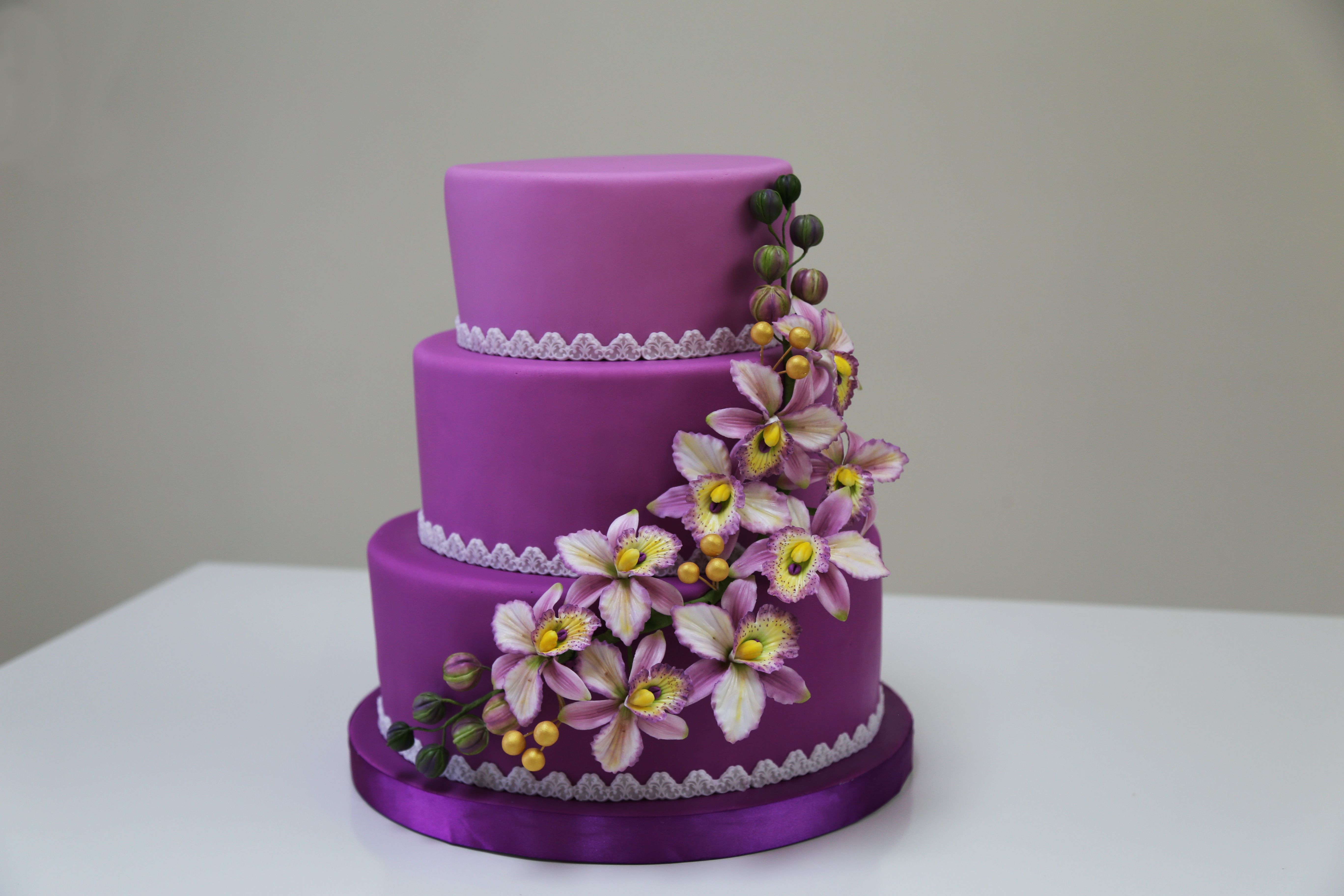 Cake by Cake Crown