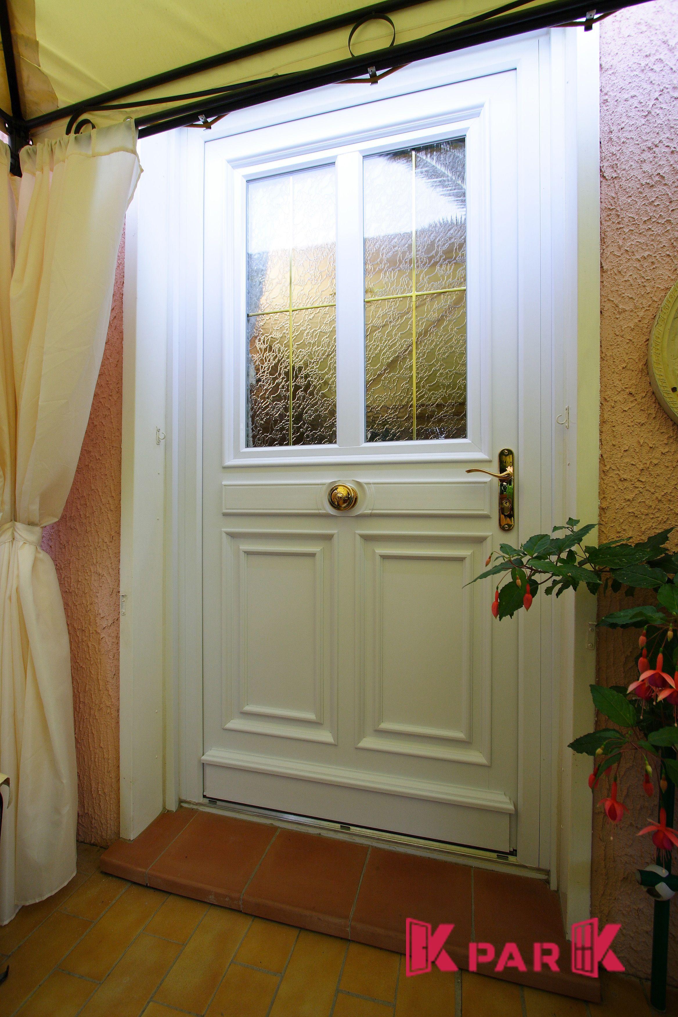 Comment Peindre Une Porte En Pvc porte d'entrée pvc vitrée, gamme corot   porte entree pvc