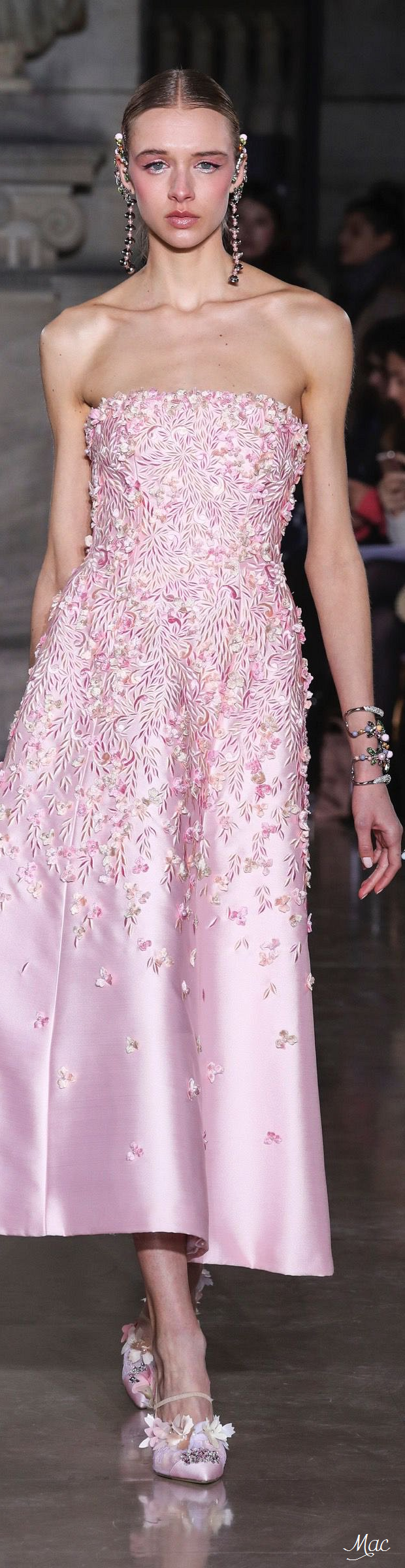 Spring 2017 Haute Couture Georges Hobeika | Divine Asia Collection ...