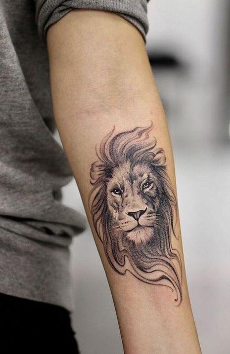 20 Fierce Lion Tattoos for Men