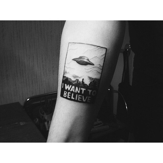 x-files tattoo  I want this so bad omg