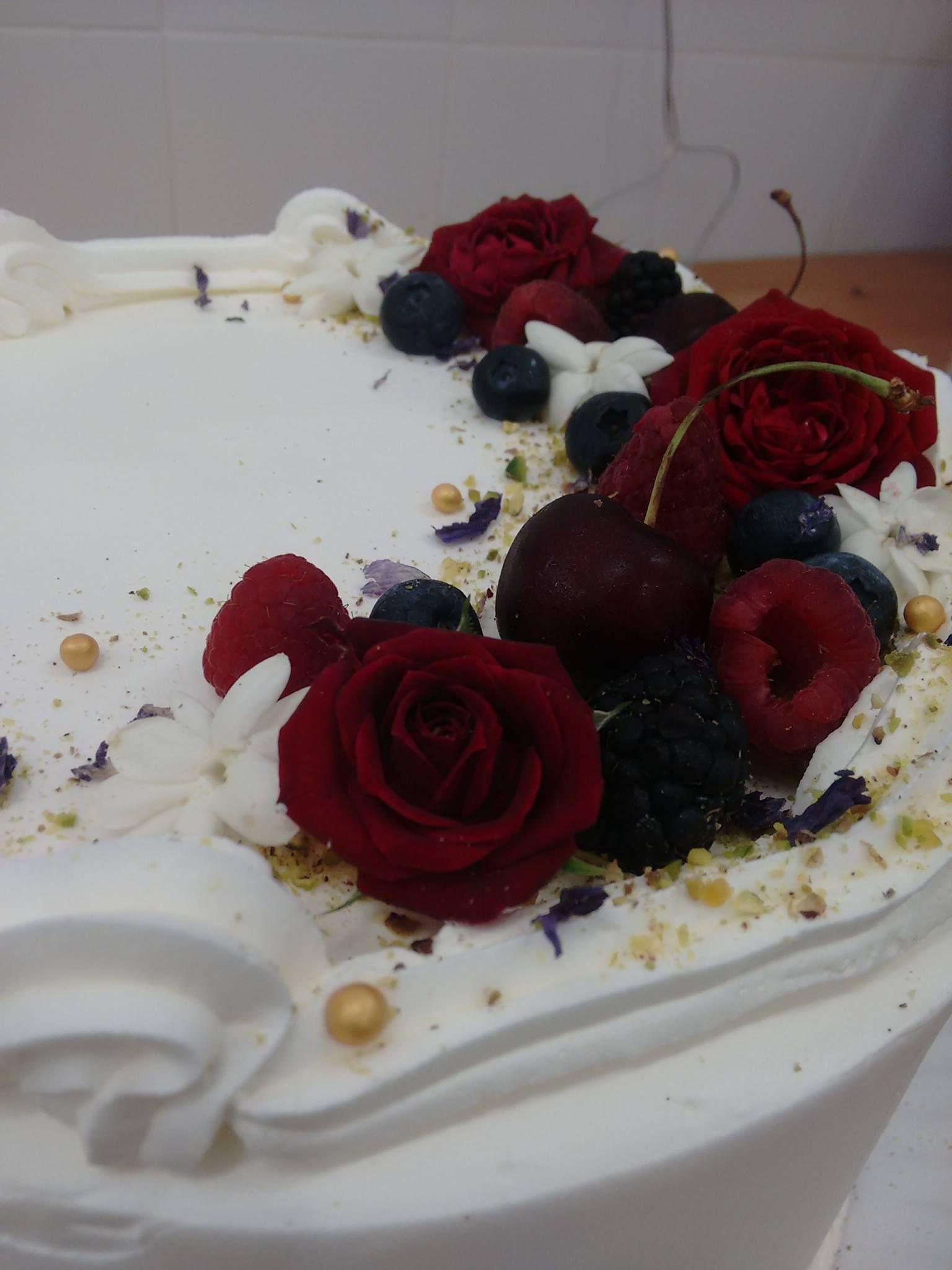 Tarta de boda. Julia Bakery Málaga.