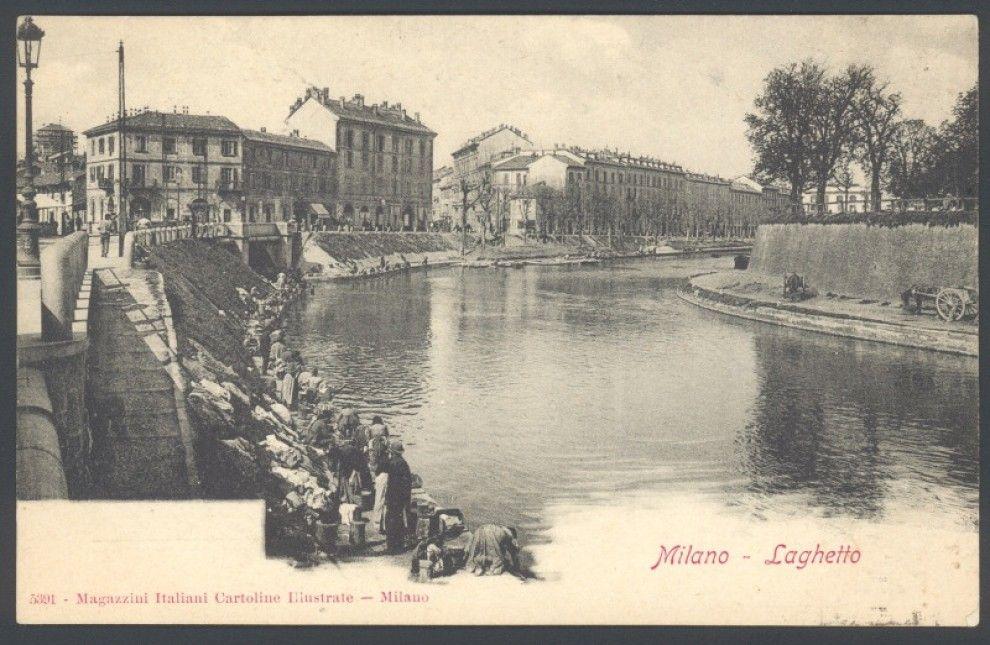 Al contrario delle altre grandi capitali europee, la città di Milano, circondata dalla pianura padana, in origine non era attraversata da canali navigabili. Secondo gli storici, fu il duca di Milano Filippo Maria Visconti, intorno al '400, a volere la costruzione delle prime grandi vie naviga