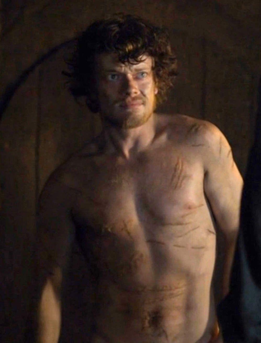 Le casting de Game of Thrones fête larrivée de la saison
