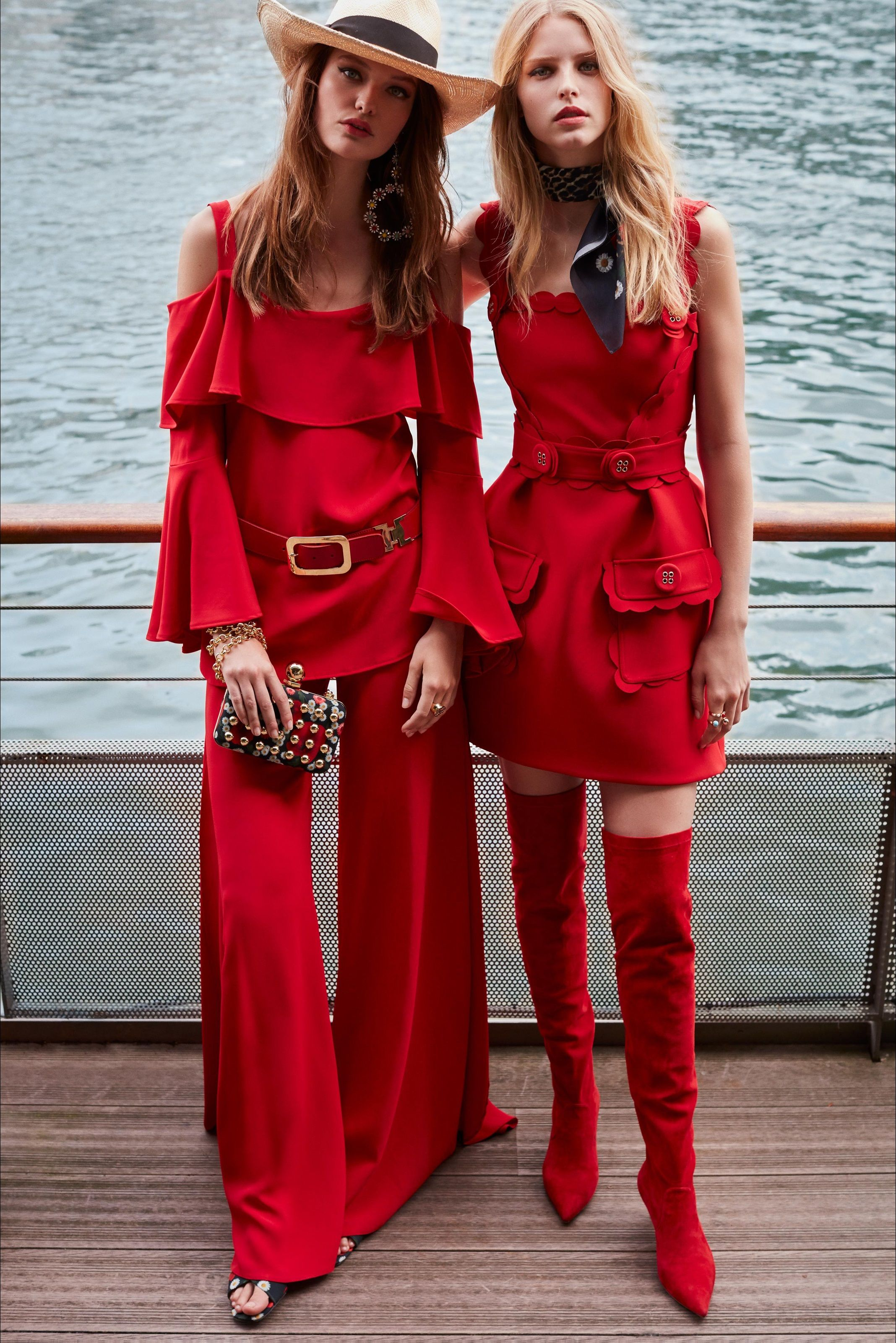 Photo of Sfilata Elie Saab Parigi – Pre-collezioni Primavera Estate 2019 – Vogue