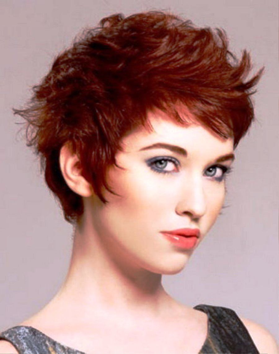 stylish with short funky hairstyle : simple hairstyle ideas for