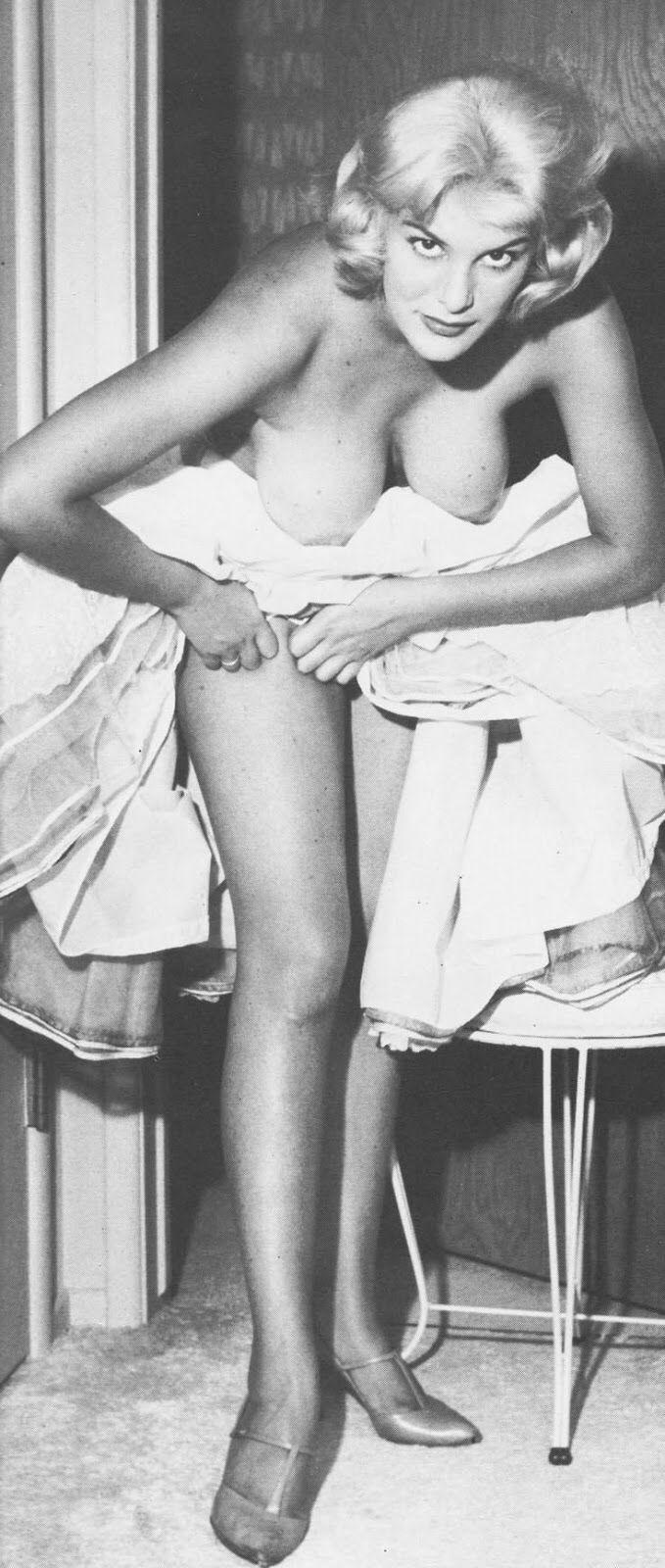 Consider, penny singleton nude pics for