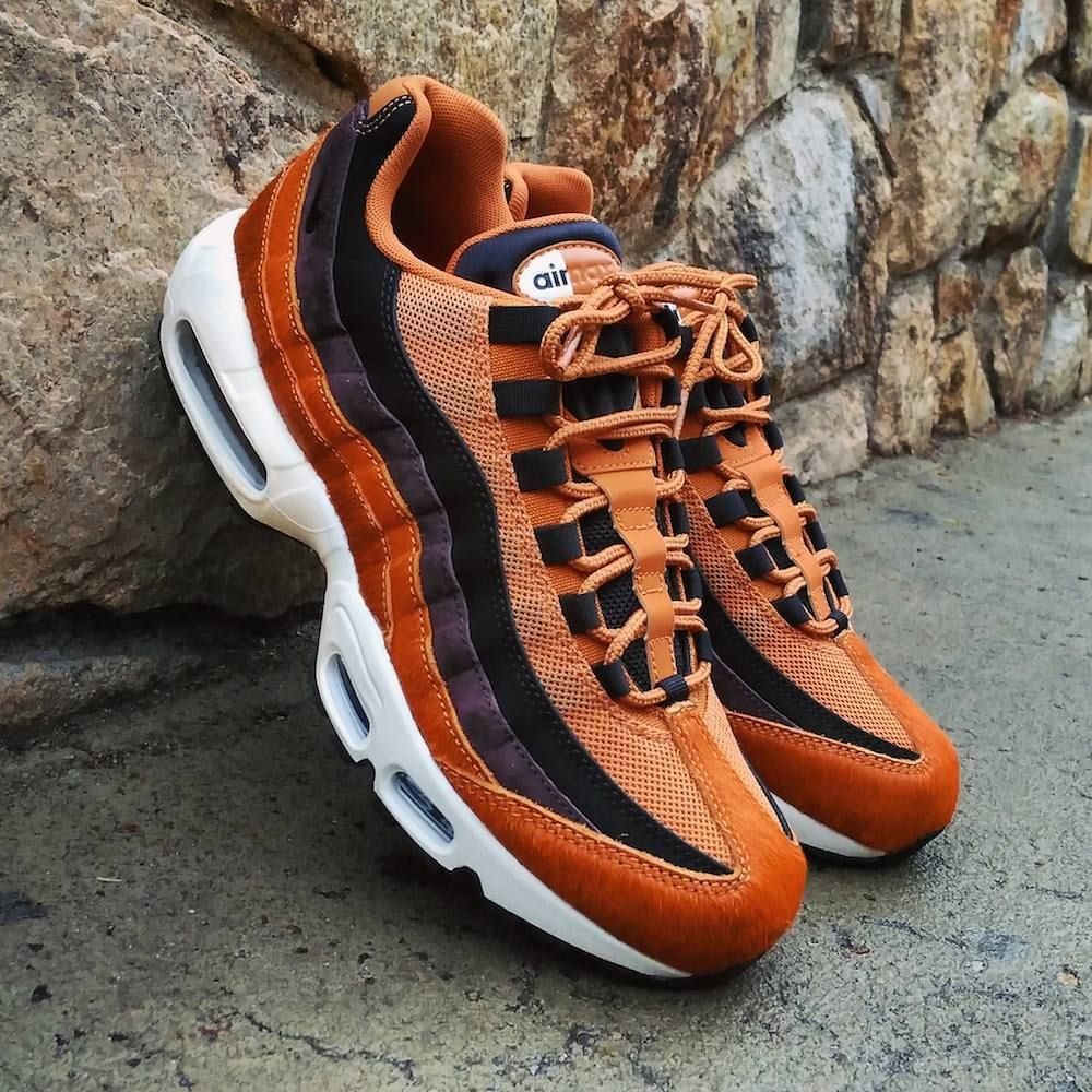 Nike Air Max 95 LX Pony Hair Cider Black Size Man - Precio: 179,