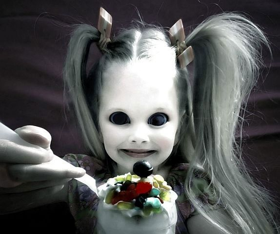 Scary Looking Girl Funny Image | Creepy kids