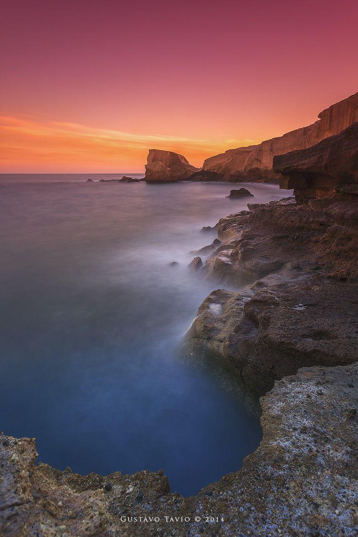 Atardecer en la costa sur de Tenerife en días de calima