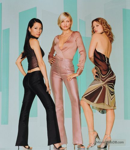 Charlie S Angels 2 Promo Shot Of Cameron Diaz Drew Barrymore Charlies Angels Movie Charlie S Angels Charlies Angels