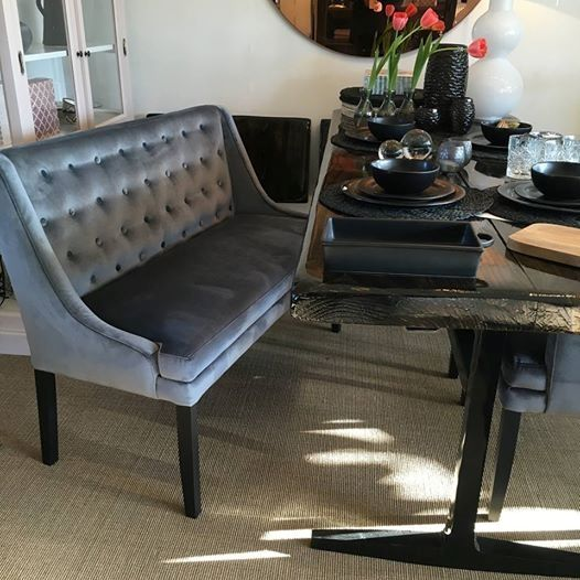 Richard 2-personers bænk til spisebord i velour eller stof ...