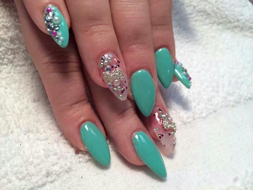 Stiletto nails | Hair & Beauty that I love | Pinterest