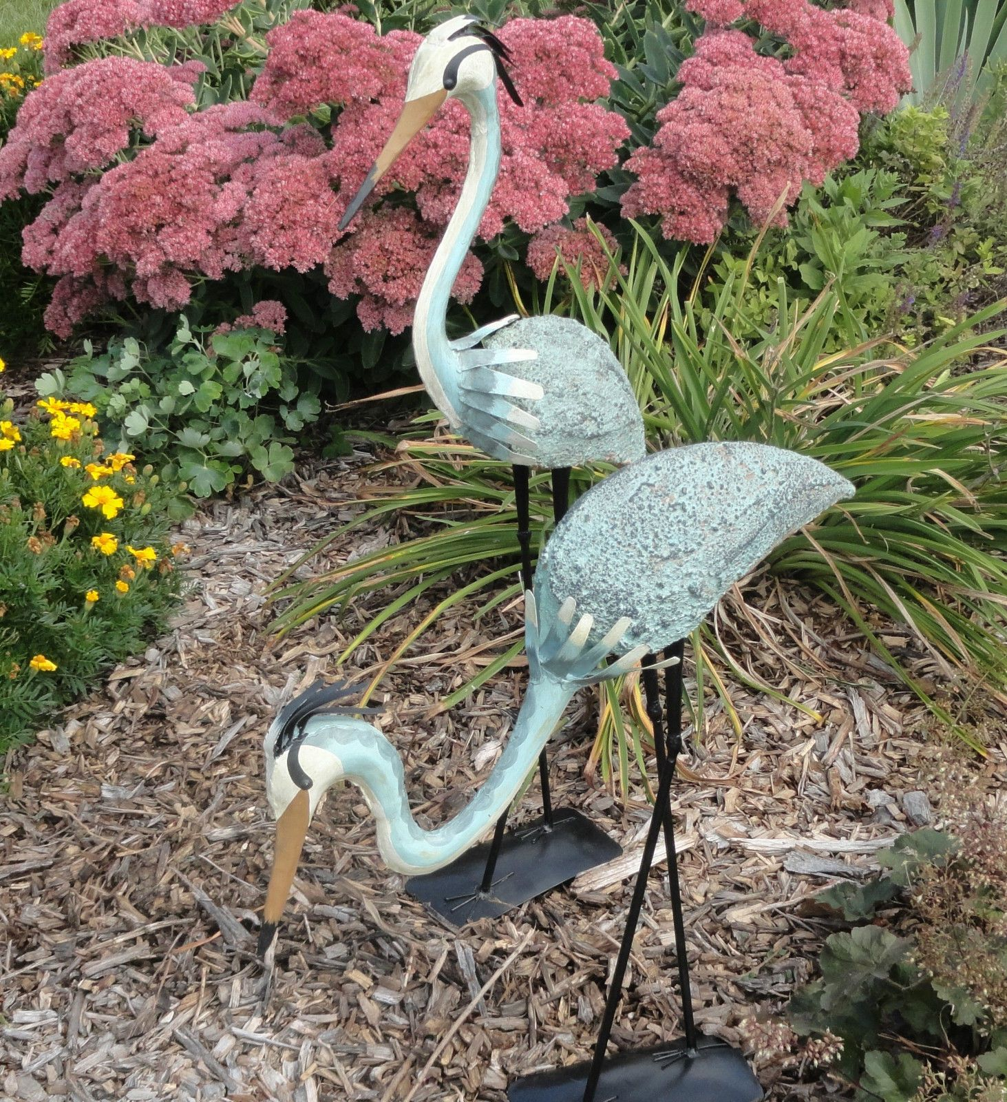 Pair Of Steel Herons Everyone Loves To Watch Graceful This With One Bowing And A Stretched Neck Will Look Right At Home In Any Yard