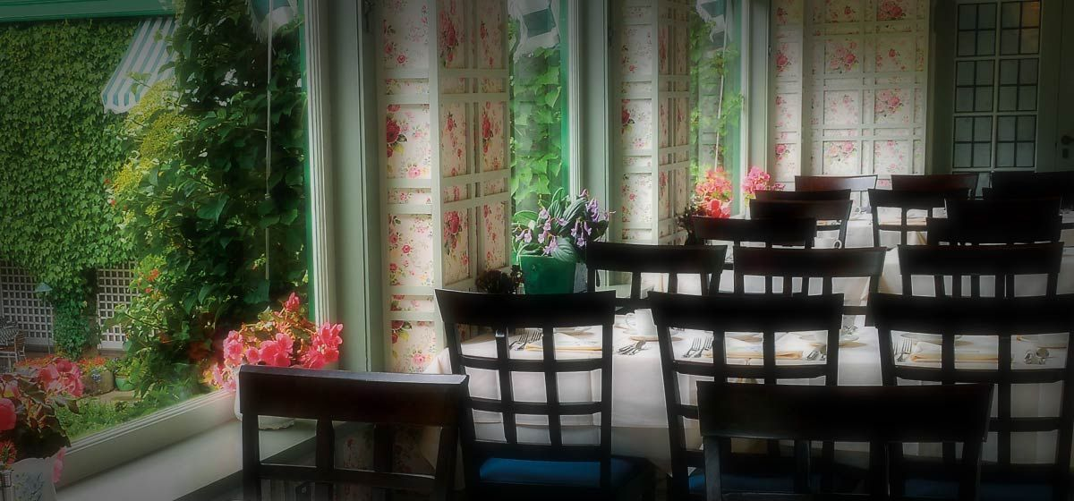 Butchart Gardens dining room Room, Dining room, Dining