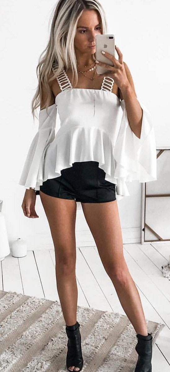 ebaaa2e6c2806  fall  outfits White Cold Shoulder Top + Black Short + Black Open Toe  Booties