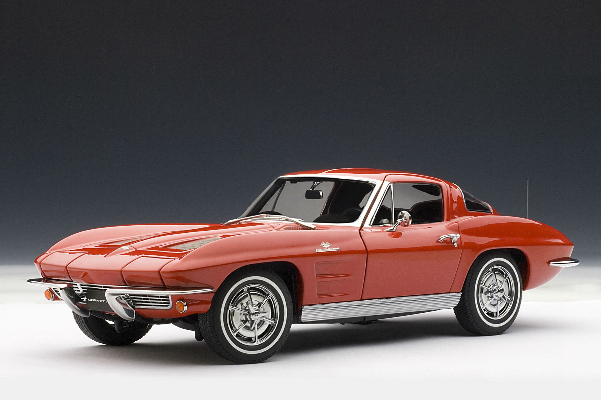 1963 chevrolet corvette sting ray coupe 1 18 scale diecast model car