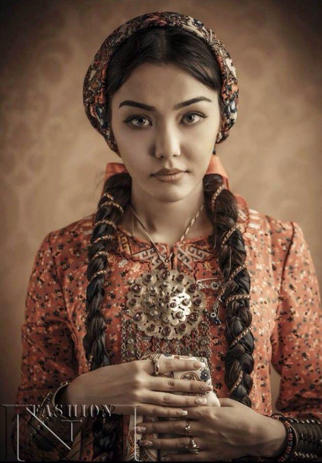 Sunni Muslim Women Dress
