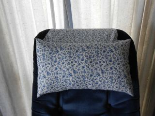 White With Blue Flowers Stay Put Recliner Pillow Chair Head And Neck Pillow Pillows Neck Pillow Dyi Pillows