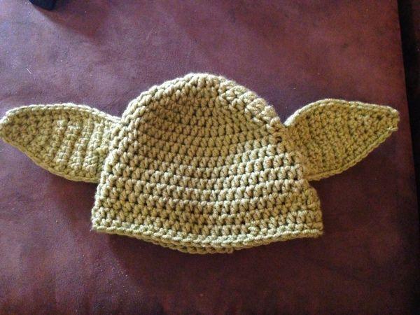 Yoda Hat Pattern   Crochet hats, Crochet, Crochet patterns