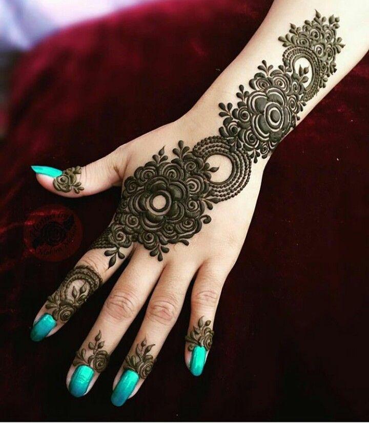 Pin de Fakhria Ghaznavi en Mehndi design | Pinterest