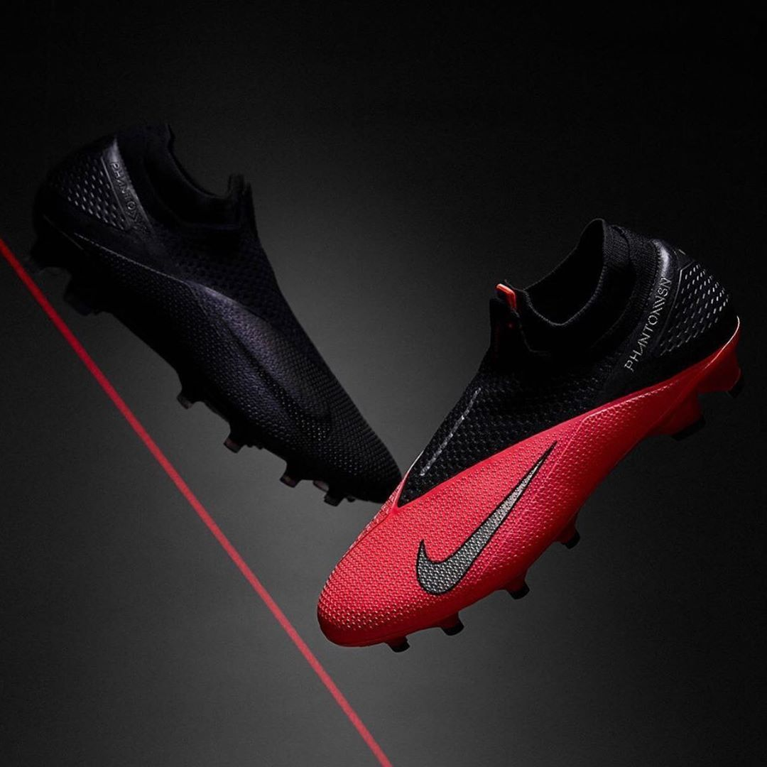 The New Nike Phantom Vision 2 In 2020 Soccer Boots Nike Football Football Boots