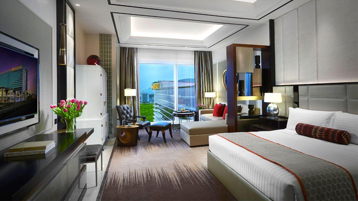Solaire resort premium hotel in manila