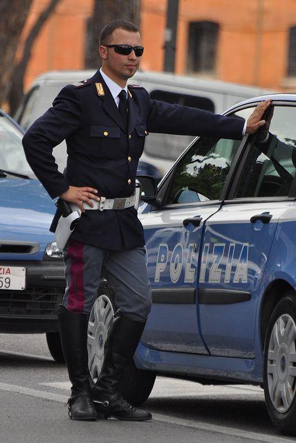 2 June 2010 Rome Due Giugno 2010 Roma Men In Uniform Hot Cops Stylish Men