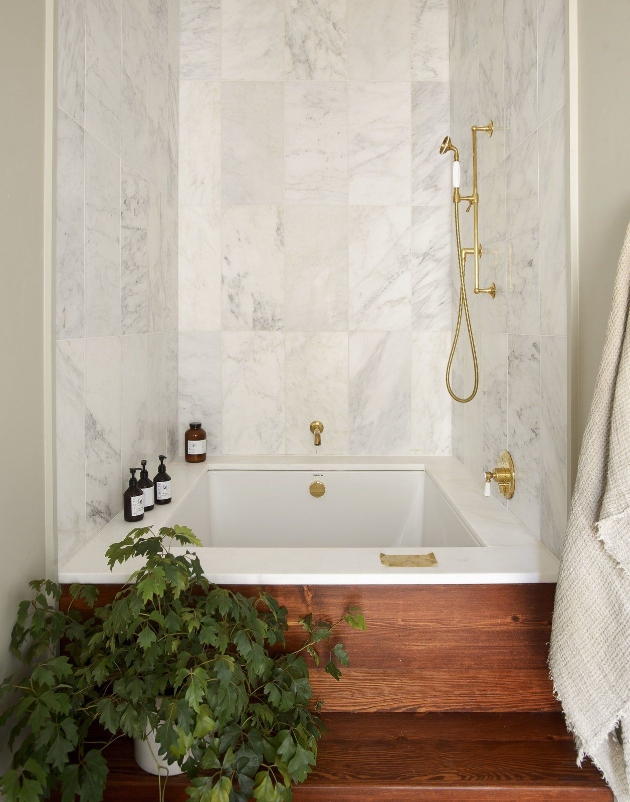 Bath Room, Alcove Tub, Marble Wall, Medium Hardwood Floor ...