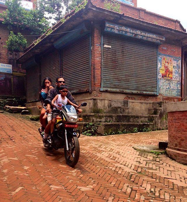Weekend plans. #friday #icallshotgun #ddRoams #didianddhai #bike #weekend #plans #family #bhaktapur #nepal #asia #travel #move #back #street #dktm #motorbike #instanepal #nepalnow #ridindirty