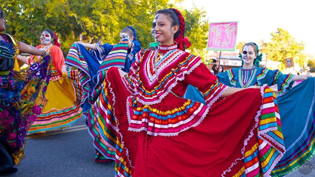 mexican christmas religion bella susi da de los muertos thinglink day of the dead