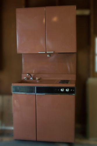 Dwyer Kitchen Combo Stove/Refrigerator   SAW ONE IN SPRINGFIELD! I WANTED  TO REDO MY WHOLE KITCHEN TO GO WITH THIS.