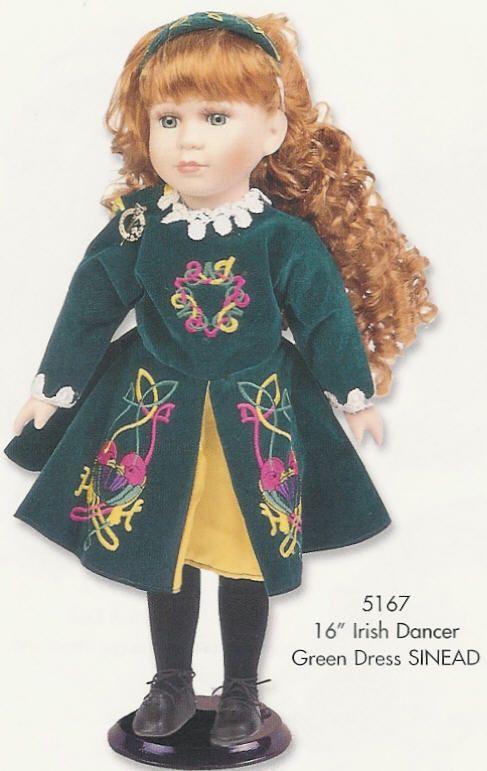 İrlanda dansı giysili porselen bebek - porcelain doll in Irish dance costume