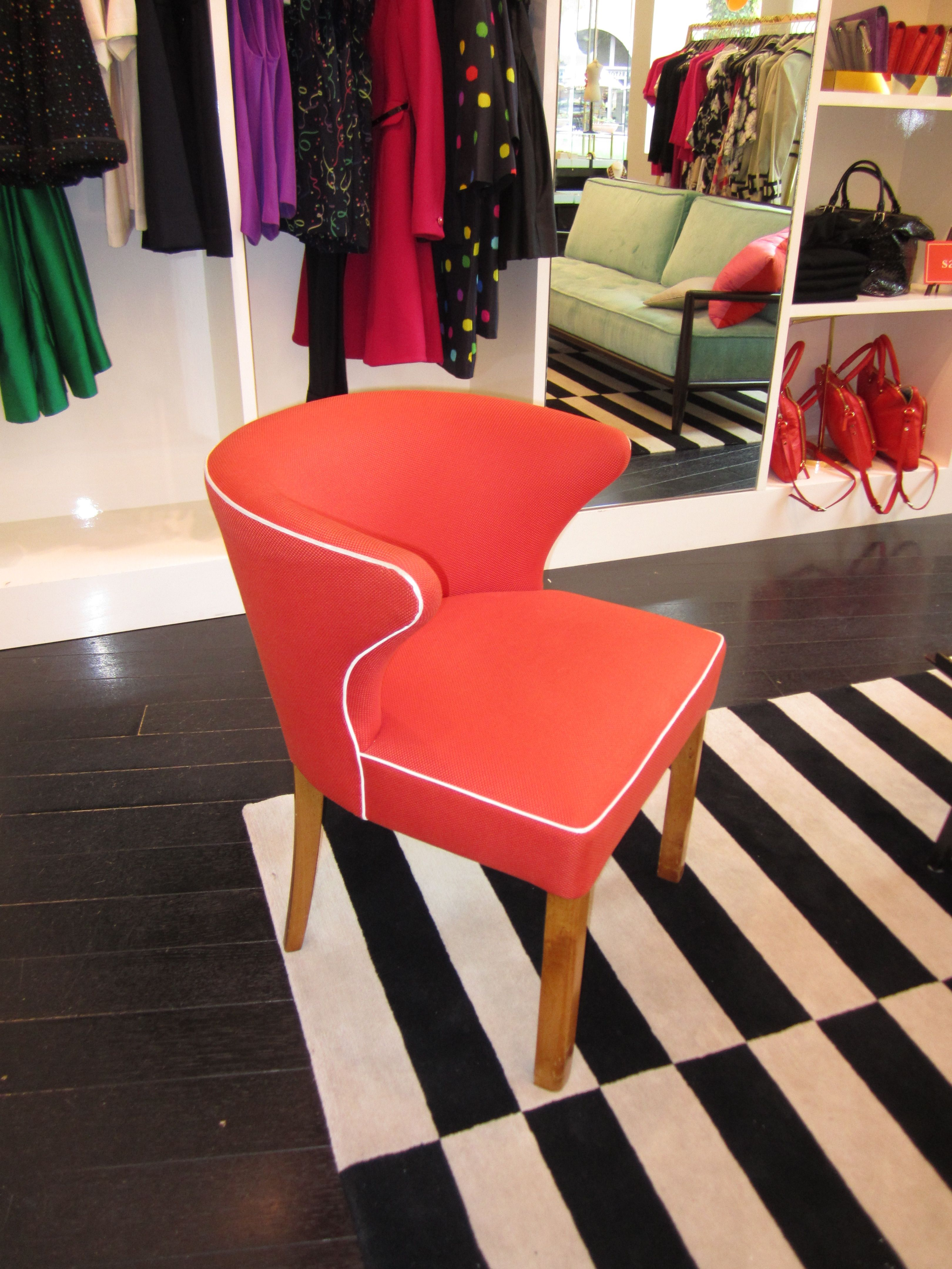 chair in kate spade store in southcoast plaza love the white piping w the
