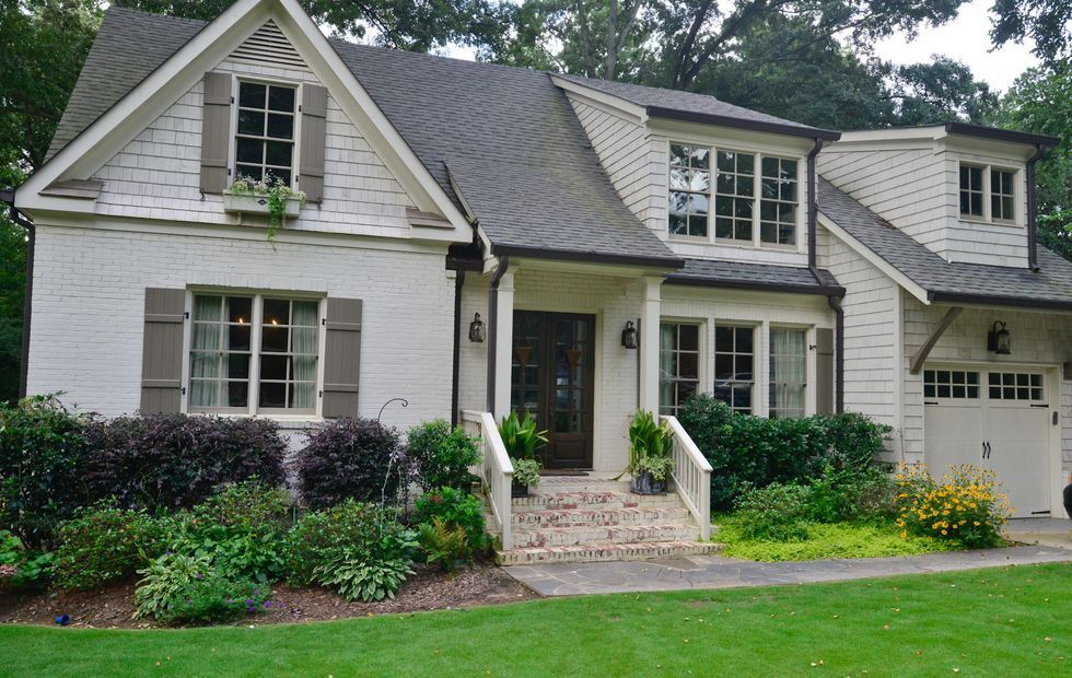 benjamin moore winter wheat w texas leather shutters on benjamin moore exterior house ideas id=76221
