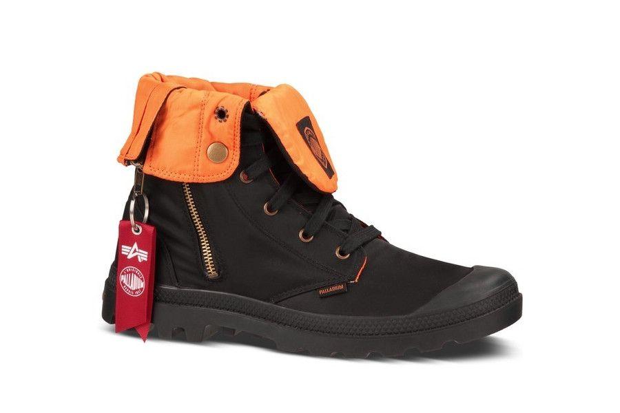 Coole Palladium Baggy Zip Ma-1 (Zwart) Sneakers van het merk Palladium voor Heren. Uitgevoerd in Zwart gemaakt van Leer. Nu verkrijgbaar voor 85.00 bij Sneakershop.