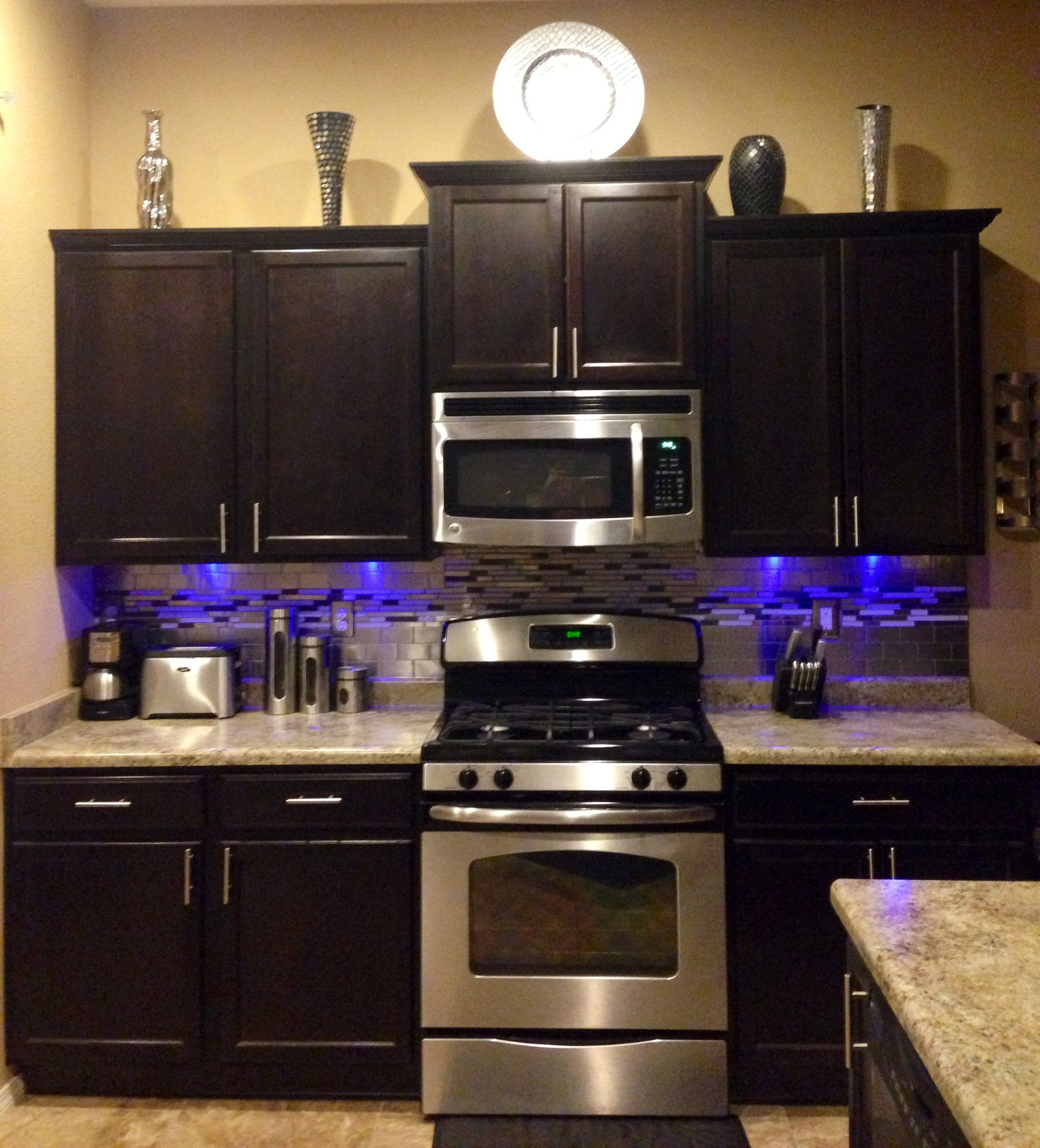 Brown Silver Kitchen. Tile Stainless Steel Backsplash