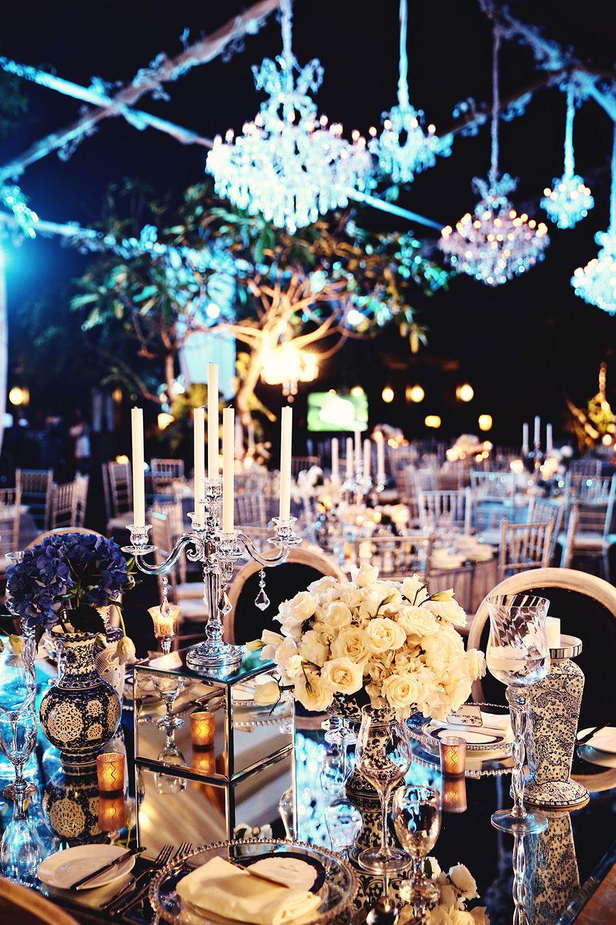 Wilis and etikas chinoiserie infused with rococo bali wedding chinoiserie wedding table decor wilis and etikas chinoiserie infused with rococo bali junglespirit Choice Image