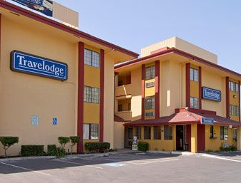 3night Stay In The Travelodge Sacramento Californa 3star Hotel From 76pp Great Location And A Great Place To Go And Relax For Hotel Top Hotels House Styles