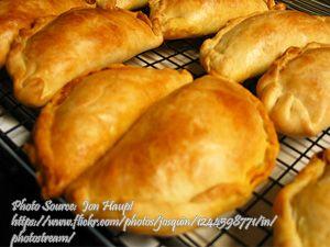 Chicken Empanada Panlasang Pinoy Meat Recipes Chicken Empanadas Empanadas Chicken Empanada Recipe